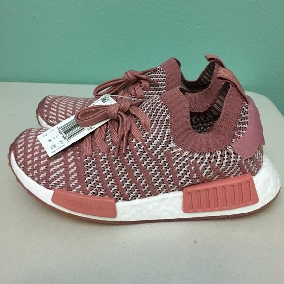 b987c6ca4695f Women s Adidas NMD R1 PrimeKnit
